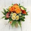 Букет из роз с оранжевыми каллами фото