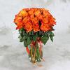 Букет из 25 оранжевых роз 40 см. фото