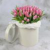 101 розовый тюльпан в шляпной коробке фото