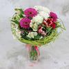 Букет из розовых гербер и белых хризантем фото