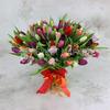 Букет из 101 разноцветного тюльпана фото