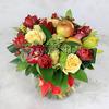 Букет из тюльпанов и роз с яблоками фото
