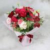 Букет из роз и гвоздик фото