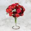 Букет невесты из красных роз и тюльпанов фото