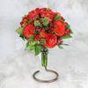 Букет невесты из алых роз, фрезии и альстромерии фото