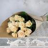 Букет из 15 кремовых роз 60 см. ПМ фото