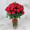 Букет из 25 красных пионовидных роз фото