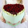 101 роза в форме сердца фото