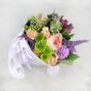 Букет из роз, альстромерии и гвоздики в конусе фото