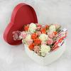 Розы в сердце с киндер шоколадом фото