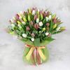Букет из 101 разноцветного тюльпана в фетре фото
