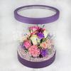 Композиция из роз и лунной гвоздики в шляпной коробке фото
