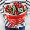 Букет из тюльпанов и лаванды фото