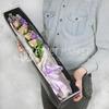 Композиция из роз и маттиолы в бархатной коробке фото