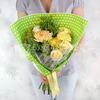 Авторский букет из хризантем, гвоздик и роз фото