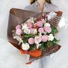 Букет из хризантем, гвоздик и альстромерий фото