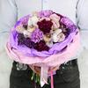 Букет из гвоздик, кустовых роз и орхидей фото