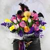 Букет из калл, роз, тюльпанов и эвкалипта фото