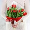 Букет из 9 красных тюльпанов фото