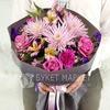 Букет из хризантем, роз и гвоздик фото