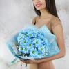 Букет из голубой хризантемы и гипсофилы фото