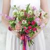 Букет невесты из роз, калл, гвоздик и нигеллы фото