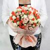 Букет из 31 кустовых роз фото