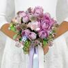 Букет из кустовых роз, астрантий и фрезий фото