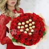 51 красная роза с конфетами ФЕРРЕРО РОШЕ фото