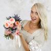 Букет из пионовидных роз, лаванды и эрингиума фото