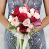 Букет из роз, калл и питтоспорума фото