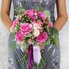 Букет из роз, гвоздик и фрезий фото