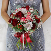 Купить со скидкой Букет из роз, гиперикума и альстромерий