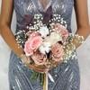 Букет из роз, хлопка и гипсофилы с эвкалиптом фото