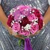 Букет из роз, гвоздик и хризантем фото