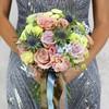 Букет из роз, хризантем и эрингиума фото