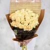 Букет из 33 желтых роз в оригинальной упаковке фото