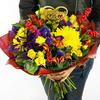 Букет маме из роз, хризантем и альстромерий фото