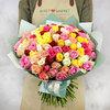 Букет из 101 разноцветных кенийских роз фото