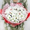 Букет из белой хризантемы с божьми коровками фото
